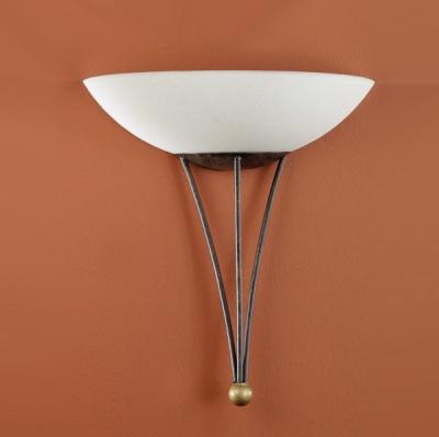 Eglo MESTRE 86714 Настенно-потолочный светильникРустика<br>Австрийское качество модели светильника Eglo 86714 не оставит равнодушным каждого купившего! Матовое закаленное стекло(пр-во Чехия), металический декоративный корпус цвета античной бронзы, металический декоративный элемент цвета матового золота, Класс изоляции 1, IP 20.,L=300Н=320,1X60W,E27.<br><br>S освещ. до, м2: 4<br>Тип лампы: накаливания / энергосбережения / LED-светодиодная<br>Тип цоколя: E27<br>Цвет арматуры: коричневый<br>Количество ламп: 1<br>Размеры основания, мм: 0<br>Длина, мм: 300<br>Расстояние от стены, мм: 160<br>Высота, мм: 320<br>Оттенок (цвет): бежевый<br>MAX мощность ламп, Вт: 2<br>Общая мощность, Вт: 1X60W