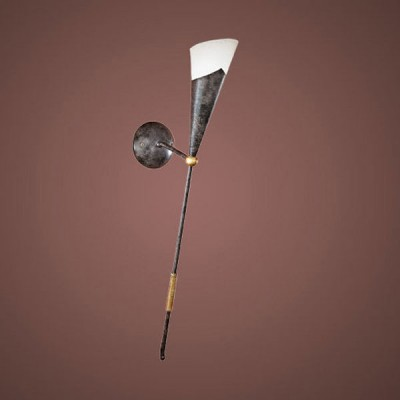 Eglo MESTRE 86716 Настенно-потолочный светильникРустика<br>Австрийское качество модели светильника Eglo 86716 не оставит равнодушным каждого купившего! Матовое закаленное стекло(пр-во Чехия), металический декоративный корпус цвета античной бронзы, металический декоративный элемент цвета матового золота, Класс изоляции 1, IP 20.,L=275Н=700,1X60W,E27. Данную модель использую в дизайне, где предусмотрен светильник в виде факела.<br><br>S освещ. до, м2: 4<br>Тип лампы: накаливания / энергосбережения / LED-светодиодная<br>Тип цоколя: E14<br>Цвет арматуры: коричневый<br>Количество ламп: 1<br>Размеры основания, мм: 0<br>Расстояние от стены, мм: 275<br>Высота, мм: 700<br>Оттенок (цвет): бежевый<br>MAX мощность ламп, Вт: 2<br>Общая мощность, Вт: 1X60W