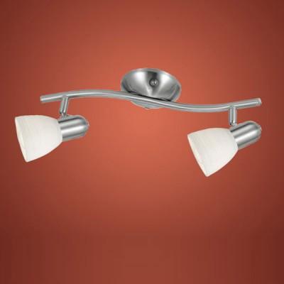 Eglo DAKAR 1 88473 Светильник поворотный спотДвойные<br>Австрийское качество модели светильника Eglo 88473 не оставит равнодушным каждого купившего! Закаленное фактурное белое стекло (пр-во Чехия) , основание сталь с никелевыми матирующим покрытием , Класс изоляции 2 (двойная изоляция от вилки до лампы), IP 20, освещенность 940 lm ,B=100L=370,2X40W,E14.<br><br>S освещ. до, м2: 5<br>Тип лампы: накал-я - энергосбер-я<br>Тип цоколя: E14<br>Количество ламп: 2<br>Ширина, мм: 100<br>MAX мощность ламп, Вт: 2<br>Размеры основания, мм: 0<br>Длина, мм: 370<br>Оттенок (цвет): белый<br>Цвет арматуры: серый<br>Общая мощность, Вт: 2X40W