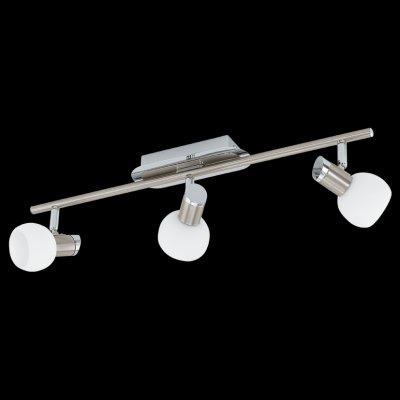 Eglo SESTO1 92625 Светильник поворотный спотТройные<br>Светильники-споты – это оригинальные изделия с современным дизайном. Они позволяют не ограничивать свою фантазию при выборе освещения для интерьера. Такие модели обеспечивают достаточно качественный свет. Благодаря компактным размерам Вы можете использовать несколько спотов для одного помещения.  Интернет-магазин «Светодом» предлагает необычный светильник-спот Eglo 92625 по привлекательной цене. Эта модель станет отличным дополнением к люстре, выполненной в том же стиле. Перед оформлением заказа изучите характеристики изделия.  Купить светильник-спот Eglo 92625 в нашем онлайн-магазине Вы можете либо с помощью формы на сайте, либо по указанным выше телефонам. Обратите внимание, что мы предлагаем доставку не только по Москве и Екатеринбургу, но и всем остальным российским городам.<br><br>S освещ. до, м2: 6<br>Тип лампы: галогенная / LED-светодиодная<br>Тип цоколя: G9<br>Количество ламп: 3<br>Ширина, мм: 65<br>MAX мощность ламп, Вт: 33<br>Длина, мм: 560