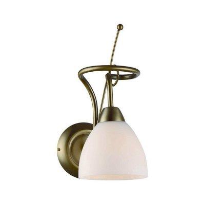 Бра Brilliant 94294/31 CloeМодерн<br><br><br>S освещ. до, м2: 2<br>Тип лампы: накаливания / энергосбережения / LED-светодиодная<br>Тип цоколя: E14<br>Количество ламп: 1<br>Ширина, мм: 125<br>MAX мощность ламп, Вт: 40<br>Расстояние от стены, мм: 190<br>Высота, мм: 310<br>Цвет арматуры: бронзовый