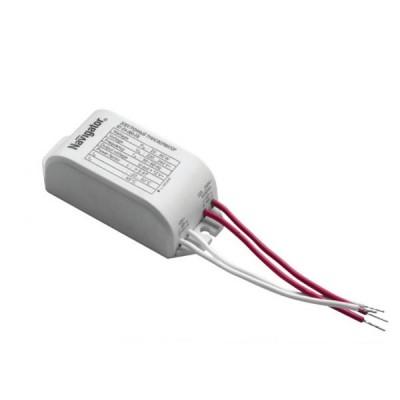 Трансформатор Navigator 94 433 NT-EH-105-ENТрансформаторы 220/12<br>Электронные трансформаторы Navigator предназначены для преобразования сетевого напряжения в напряжение 12 В, необходимое для питания низковольтных галогенных ламп.<br> Трансформаторы оснащены защитой:• от короткого замыкания,• от перегрева,• от скачков сетевого напряжения.<br> Электронные трансформаторы Navigator обеспечивают стабильное питание галогенных ламп, что обеспечивает продление срока их службы. Трансформаторы Navigator не предназначены для работы с регуляторами светового потока (диммерами). Корпус электронных трансформаторов Navigator изготовлен из ударопрочного негорючего пластика и обладает привлекательным дизайном.<br> Компактные размеры и малый вес позволяют разместить электронные трансформаторы Navigator в корпусах светильников, настольных ламп, в стеновых, потолочных или мебельных нишах при монтаже встроенного освещения. Электронные трансформаторы Navigator обладают лучшими техническими характеристиками в своем классе.<br><br>Ширина, мм: 38<br>Длина, мм: 85<br>Высота, мм: 27