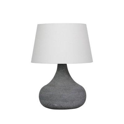 Настольная лампа Brilliant 94826/70 AlainСовременные<br>Настольная лампа – это не просто источник дополнительного освещения, но и оригинальный элемент декора. Его можно установить в спальне, гостиной, кабинете и других комнатах. Интернет-магазин «Светодом» предлагает настольные лампы разных стилей по доступным ценам. Благодаря большому ассортименту Вы обязательно найдете в нашем каталоге именно ту модель, которую искали.   Настольная лампа Brilliant 94826/70 – прекрасный вариант для завершения интерьера. Ее можно включить одновременно с люстрой для более яркого освещения или без нее для создания уютной атмосферы, настраивающей на отдых.   Купить настольную лампу Brilliant 94826/70 Вы можете с помощью виртуальной «Корзины» или по контактным номерам, указанным на сайте.<br><br>S освещ. до, м2: 2<br>Тип лампы: накаливания / энергосбережения / LED-светодиодная<br>Тип цоколя: E27<br>Количество ламп: 1<br>MAX мощность ламп, Вт: 40<br>Диаметр, мм мм: 250<br>Высота, мм: 365<br>Цвет арматуры: серый