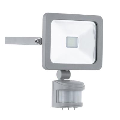 Eglo FAEDO 1 95407 светильник уличныйСветодиодные прожекторы<br>Обеспечение качественного уличного освещения – важная задача для владельцев коттеджей. Компания «Светодом» предлагает современные светильники, которые порадуют Вас отличным исполнением. В нашем каталоге представлена продукция известных производителей, пользующихся популярностью благодаря высокому качеству выпускаемых товаров.   Уличный светильник Eglo 95407 не просто обеспечит качественное освещение, но и станет украшением Вашего участка. Модель выполнена из современных материалов и имеет влагозащитный корпус, благодаря которому ей не страшны осадки.   Купить уличный светильник Eglo 95407, представленный в нашем каталоге, можно с помощью онлайн-формы для заказа. Чтобы задать имеющиеся вопросы, звоните нам по указанным телефонам.<br><br>Цветовая t, К: 6500 (холодный белый)<br>Тип лампы: LED<br>Тип цоколя: LED<br>Цвет арматуры: серебристый<br>Длина, мм: 130<br>Расстояние от стены, мм: 50<br>Высота, мм: 190<br>Оттенок (цвет): прозрачный<br>MAX мощность ламп, Вт: 10<br>Общая мощность, Вт: 2
