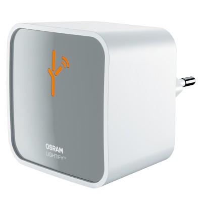 Eglo GATEWAY-S 95721 ПередатчикОжидается<br>Передатчик GATEWAY-S Умное освещ., 100-230V, 80х80, пластик, белый, серебряный применяется преимущественно в домашнем освещении с использованием стандартных выключателей и переключателей для сетей 220V.<br><br>Тип цоколя: -<br>Ширина, мм: 80<br>Глубина, мм: 120<br>Длина, мм: 80<br>Цвет арматуры: белый, серебряный
