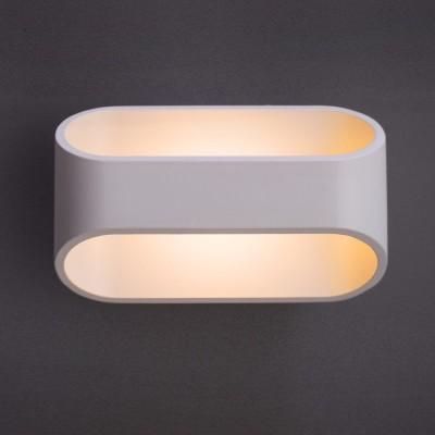 A1428AP-1WH Arte lamp СветильникХай-тек<br><br><br>Цветовая t, К: 3000K<br>Тип цоколя: LED<br>Количество ламп: 1<br>MAX мощность ламп, Вт: 3W<br>Диаметр, мм мм: 100<br>Размеры: 160*100*100<br>Длина, мм: 160<br>Высота, мм: 100<br>Цвет арматуры: БЕЛЫЙ<br>Общая мощность, Вт: 3W