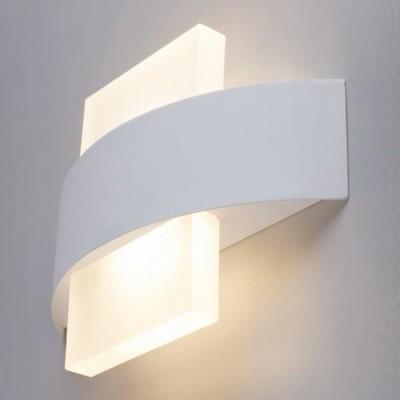 A1444AP-1WH Arte lamp СветильникХай-тек<br><br><br>Цветовая t, К: 3000K<br>Тип цоколя: LED<br>Количество ламп: 1<br>MAX мощность ламп, Вт: 6W<br>Диаметр, мм мм: 50<br>Размеры: 225*50*150<br>Длина, мм: 230<br>Высота, мм: 160<br>Цвет арматуры: БЕЛЫЙ<br>Общая мощность, Вт: 6W