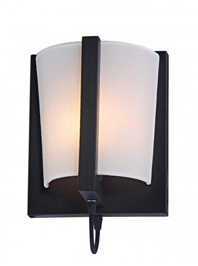 Светильник Arte lamp A2117AP-1BR FerroРустика<br><br><br>Тип лампы: накал-я - энергосбер-я<br>Тип цоколя: E14<br>Цвет арматуры: черный<br>Количество ламп: 1<br>Ширина, мм: 160<br>Длина, мм: 210<br>Высота, мм: 250<br>MAX мощность ламп, Вт: 40