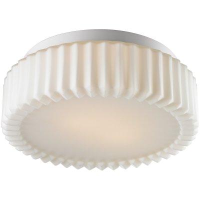 Потолочный светильник Arte lamp A5027PL-2WH AquaКруглые<br>Настенно-потолочные светильники – это универсальные осветительные варианты, которые подходят для вертикального и горизонтального монтажа. В интернет-магазине «Светодом» Вы можете приобрести подобные модели по выгодной стоимости. В нашем каталоге представлены как бюджетные варианты, так и эксклюзивные изделия от производителей, которые уже давно заслужили доверие дизайнеров и простых покупателей.  Настенно-потолочный светильник ARTELamp A5027PL-2WH станет прекрасным дополнением к основному освещению. Благодаря качественному исполнению и применению современных технологий при производстве эта модель будет радовать Вас своим привлекательным внешним видом долгое время. Приобрести настенно-потолочный светильник ARTELamp A5027PL-2WH можно, находясь в любой точке России. Компания «Светодом» осуществляет доставку заказов не только по Москве и Екатеринбургу, но и в остальные города.<br><br>S освещ. до, м2: 6<br>Тип лампы: накаливания / энергосбережения / LED-светодиодная<br>Тип цоколя: E27<br>Количество ламп: 2<br>MAX мощность ламп, Вт: 60<br>Диаметр, мм мм: 300<br>Высота, мм: 110<br>Оттенок (цвет): белый<br>Цвет арматуры: белый