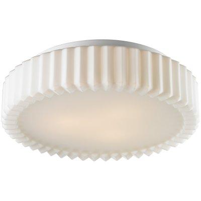 Потолочный светильник Arte lamp A5027PL-3WH AquaКруглые<br>Настенно-потолочные светильники – это универсальные осветительные варианты, которые подходят для вертикального и горизонтального монтажа. В интернет-магазине «Светодом» Вы можете приобрести подобные модели по выгодной стоимости. В нашем каталоге представлены как бюджетные варианты, так и эксклюзивные изделия от производителей, которые уже давно заслужили доверие дизайнеров и простых покупателей.  Настенно-потолочный светильник ARTELamp A5027PL-3WH станет прекрасным дополнением к основному освещению. Благодаря качественному исполнению и применению современных технологий при производстве эта модель будет радовать Вас своим привлекательным внешним видом долгое время. Приобрести настенно-потолочный светильник ARTELamp A5027PL-3WH можно, находясь в любой точке России.<br><br>S освещ. до, м2: 9<br>Тип лампы: накаливания / энергосбережения / LED-светодиодная<br>Тип цоколя: E27<br>Количество ламп: 3<br>MAX мощность ламп, Вт: 60<br>Диаметр, мм мм: 380<br>Высота, мм: 110<br>Оттенок (цвет): белый<br>Цвет арматуры: белый