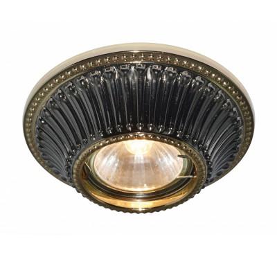 Светильник Arte lamp A5298PL-1BA ArenaТочечные светильники круглые<br>Встраиваемые светильники – популярное осветительное оборудование, которое можно использовать в качестве основного источника или в дополнение к люстре. Они позволяют создать нужную атмосферу атмосферу и привнести в интерьер уют и комфорт. <br> Интернет-магазин «Светодом» предлагает стильный встраиваемый светильник ARTE Lamp A5298PL-1BA. Данная модель достаточно универсальна, поэтому подойдет практически под любой интерьер. Перед покупкой не забудьте ознакомиться с техническими параметрами, чтобы узнать тип цоколя, площадь освещения и другие важные характеристики. <br> Приобрести встраиваемый светильник ARTE Lamp A5298PL-1BA в нашем онлайн-магазине Вы можете либо с помощью «Корзины», либо по контактным номерам. Мы развозим заказы по Москве, Екатеринбургу и остальным российским городам.<br><br>Тип лампы: галогенная<br>Тип цоколя: GU5.3 (MR16)<br>Диаметр, мм мм: 110<br>Диаметр врезного отверстия, мм: 75<br>Высота, мм: 30<br>MAX мощность ламп, Вт: 50