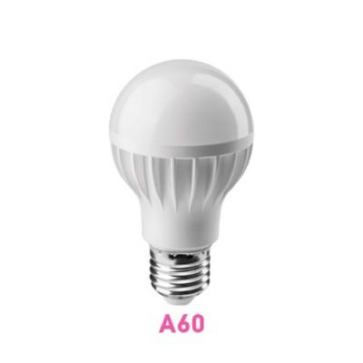Лампа светодиодная ОНЛАЙТ 71 647 ОLL-A60-7-230-2.7K-E27Стандартный вид<br>Светодиодные лампы «Онлайт» – светодиодные энергосберегающие лампы общего и декоративного освещения.   Основные преимущества  • Высокоэффективные планарные светодиоды Epistar   • Алюминий и композитные материалы в составе радиаторов обеспечивают эффективный теплоотвод   • Высокоэффективный драйвер, построенный на интегральной микросхеме, обеспечивает стабильную работу при широком диапазоне входных напряжений без пульсаций светового потока   • Срок службы 30 000 часов.<br><br>Цветовая t, К: WW - теплый белый 2700-3000 К<br>Тип лампы: LED - светодиодная<br>Тип цоколя: E27<br>MAX мощность ламп, Вт: 7<br>Диаметр, мм мм: 60<br>Высота, мм: 106