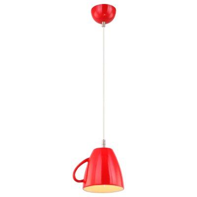 Светильник красная кружка Arte lamp A6605SP-1RD CAFFETTERIAОдиночные<br>Подвесной светильник – это универсальный вариант, подходящий для любой комнаты. Сегодня производители предлагают огромный выбор таких моделей по самым разным ценам. В каталоге интернет-магазина «Светодом» мы собрали большое количество интересных и оригинальных светильников по выгодной стоимости. Вы можете приобрести их в Москве, Екатеринбурге и любом другом городе России.  Подвесной светильник ARTELamp A6605SP-1RD сразу же привлечет внимание Ваших гостей благодаря стильному исполнению. Благородный дизайн позволит использовать эту модель практически в любом интерьере. Она обеспечит достаточно света и при этом легко монтируется. Чтобы купить подвесной светильник ARTELamp A6605SP-1RD, воспользуйтесь формой на нашем сайте или позвоните менеджерам интернет-магазина.<br><br>S освещ. до, м2: 2<br>Тип лампы: Накаливания / энергосбережения / светодиодная<br>Тип цоколя: E14<br>Количество ламп: 1<br>Ширина, мм: 150<br>MAX мощность ламп, Вт: 40<br>Длина, мм: 190<br>Высота, мм: 180