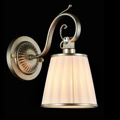 Светильник бра Maytoni ARM002-01-NG BrezzaКлассические<br><br><br>Тип лампы: накаливания / энергосбережения / LED-светодиодная<br>Тип цоколя: E14<br>Количество ламп: 1<br>MAX мощность ламп, Вт: 40<br>Диаметр, мм мм: 140<br>Высота, мм: 270<br>Цвет арматуры: золотой