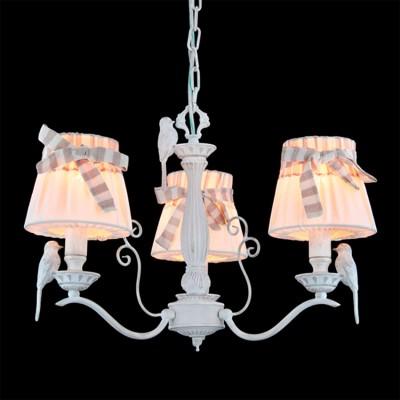 Люстра Maytoni ARM013-03-W ARM013Подвесные<br><br><br>Установка на натяжной потолок: Да<br>S освещ. до, м2: 8<br>Крепление: Крюк<br>Тип товара: Люстра<br>Скидка, %: 4<br>Тип лампы: накаливания / энергосбережения / LED-светодиодная<br>Тип цоколя: E14<br>Количество ламп: 3<br>MAX мощность ламп, Вт: 40<br>Диаметр, мм мм: 550<br>Длина цепи/провода, мм: 400<br>Высота, мм: 480 - 1500<br>Цвет арматуры: белый