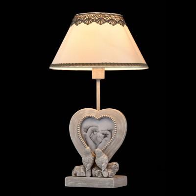 Настольная лампа Maytoni ARM023-11-S BouquetФлористика<br>Настольная лампа – это не просто источник дополнительного освещения, но и оригинальный элемент декора. Его можно установить в спальне, гостиной, кабинете и других комнатах. Интернет-магазин «Светодом» предлагает настольные лампы разных стилей по доступным ценам. Благодаря большому ассортименту Вы обязательно найдете в нашем каталоге именно ту модель, которую искали.   Настольная лампа Maytoni ARM023-11-S – прекрасный вариант для завершения интерьера. Ее можно включить одновременно с люстрой для более яркого освещения или без нее для создания уютной атмосферы, настраивающей на отдых.   Купить настольную лампу Maytoni ARM023-11-S Вы можете с помощью виртуальной «Корзины» или по контактным номерам, указанным на сайте.<br><br>Тип лампы: накаливания / энергосбережения / LED-светодиодная<br>Тип цоколя: E14<br>Количество ламп: 1<br>MAX мощность ламп, Вт: 40<br>Диаметр, мм мм: 250<br>Высота, мм: 430<br>Цвет арматуры: серый