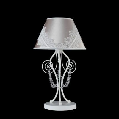 Настольная лампа Maytoni ARM042-11-W LucyСовременные<br>Настольная лампа – это не просто источник дополнительного освещения, но и оригинальный элемент декора. Его можно установить в спальне, гостиной, кабинете и других комнатах. Интернет-магазин «Светодом» предлагает настольные лампы разных стилей по доступным ценам. Благодаря большому ассортименту Вы обязательно найдете в нашем каталоге именно ту модель, которую искали. <br> Настольная лампа Maytoni ARM042-11-W – прекрасный вариант для завершения интерьера. Ее можно включить одновременно с люстрой для более яркого освещения или без нее для создания уютной атмосферы, настраивающей на отдых. <br> Купить настольную лампу Maytoni ARM042-11-W Вы можете с помощью виртуальной «Корзины» или по контактным номерам, указанным на сайте.<br><br>Тип цоколя: E14<br>Количество ламп: 1<br>Диаметр, мм мм: 280<br>Высота, мм: 480<br>MAX мощность ламп, Вт: 40