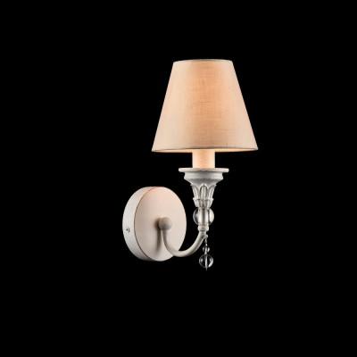 Бра Maytoni ARM139-01-W TorinoКлассические<br><br><br>Тип лампы: Накаливания / энергосбережения / светодиодная<br>Тип цоколя: E14<br>Цвет арматуры: Белый<br>Количество ламп: 1<br>Ширина, мм: 150<br>Расстояние от стены, мм: 190<br>Высота, мм: 300<br>MAX мощность ламп, Вт: 40