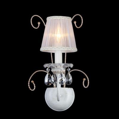 Светильник Maytoni ARM257-01-G Elegant 38Модерн<br>Предлагаем вашему вниманию изысканную осветительную композицию от компании Maytoni. Это хрустальное бра имеет открытый плафон, выполненный по типу подсвечника. Для придания максимально гармоничного образа в плафоне используется лампа, называемая «свеча на ветру» (в стоимость покупки не входит и приобретается дополнительно). Помимо того, что плафон хрустального бра Maytoni ARM257-01-G имеет весьма эстетичную форму и художественные линии, он еще украшен множеством декоративных элементов. Это тонкие прутики бронзового цвета — красиво переплетенные, изящно закрученные. Кроме того, здесь применены хрустальные подвески — крупные, каплевидные кристаллы. Представленное на фото хрустальное бра от Майтони — это стиль, красота, функциональность и приемлемая цена.<br><br>S освещ. до, м2: 2<br>Тип лампы: накаливания / энергосбережения / LED-светодиодная<br>Тип цоколя: E14<br>Количество ламп: 1<br>MAX мощность ламп, Вт: 40<br>Диаметр, мм мм: 260<br>Высота, мм: 410<br>Цвет арматуры: белый с золотистой патиной