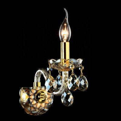 Бра Maytoni DIA937-WL-01-G BrandyХрустальные<br><br><br>Тип лампы: накаливания / энергосбережения / LED-светодиодная<br>Тип цоколя: E14<br>Цвет арматуры: золотой<br>Количество ламп: 1<br>Диаметр, мм мм: 120<br>Высота, мм: 350<br>MAX мощность ламп, Вт: 60