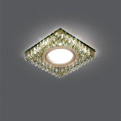 Светильник Gauss Backlight BL033 Квадрат. Шампань/Кристалл/Хром, Gu5.3, LED 2700KХрустальные<br>Встраиваемые светильники – популярное осветительное оборудование, которое можно использовать в качестве основного источника или в дополнение к люстре. Они позволяют создать нужную атмосферу атмосферу и привнести в интерьер уют и комфорт.   Интернет-магазин «Светодом» предлагает стильный встраиваемый светильник Gauss Backlight BL033. Данная модель достаточно универсальна, поэтому подойдет практически под любой интерьер. Перед покупкой не забудьте ознакомиться с техническими параметрами, чтобы узнать тип цоколя, площадь освещения и другие важные характеристики.   Приобрести встраиваемый светильник Gauss Backlight BL033 в нашем онлайн-магазине Вы можете либо с помощью «Корзины», либо по контактным номерам. Мы развозим заказы по Москве, Екатеринбургу и остальным российским городам.<br><br>S освещ. до, м2: 3<br>Тип лампы: галогенная/LED<br>Тип цоколя: GU5.3 (MR16)<br>Количество ламп: 1<br>Ширина, мм: 95<br>MAX мощность ламп, Вт: 50<br>Диаметр врезного отверстия, мм: 65<br>Длина, мм: 95<br>Высота, мм: 35<br>Цвет арматуры: серебристый