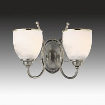Светильник настенный бра Brizzi Nives MA 02640W/002 ChromeКлассика<br><br><br>S освещ. до, м2: 5<br>Тип лампы: накаливания / энергосберегающая / светодиодная<br>Тип цоколя: E14<br>Количество ламп: 2<br>Ширина, мм: 350<br>MAX мощность ламп, Вт: 40<br>Размеры: H240 W350<br>Высота, мм: 240<br>Поверхность арматуры: глянцевый<br>Цвет арматуры: серебристый<br>Общая мощность, Вт: 80