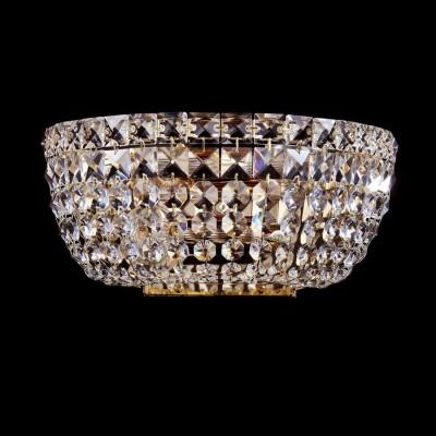 Светильник Maytoni DIA100-WL-02-G Diamant Basforхрустальные бра<br>Изящное бра производства компании Maytoni с восхитительной хрустальной отделкой располагает к себе даже при просмотре фото. Основу его составляет металлическая арматура, выкрашенная под золото. Бра Maytoni Diamant Crystal DIA100-WL-02-G станет удачным дизайнерским элементом и легко впишется в интерьер помещения. Купить этот оригинальный и красивый светильник будет хорошим решением, как по цене, так и по качеству исполнения. Торговый бренд Майтони уже зарекомендовал себя в России – стоимость их продукции адекватно сопоставима с качеством и интересными дизайнерскими решениями.<br><br>Установка на натяжной потолок: Ограничено<br>S освещ. до, м2: 8<br>Крепление: Планка<br>Тип лампы: накаливания / энергосбережения / LED-светодиодная<br>Тип цоколя: E14<br>Цвет арматуры: золотой<br>Количество ламп: 2<br>Ширина, мм: 260<br>Высота, мм: 130<br>MAX мощность ламп, Вт: 60