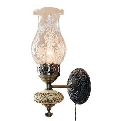 Citilux Лампада CL419311 Светильник настенный браклассические бра<br><br><br>S освещ. до, м2: 4<br>Крепление: настенное<br>Тип лампы: накаливания / энергосбережения / LED-светодиодная<br>Тип цоколя: E14<br>Цвет арматуры: бронзовый<br>Количество ламп: 1<br>Ширина, мм: 120<br>Размеры: Высота 33см, Ширина 12см, Глубина 16см, с выключателем<br>Расстояние от стены, мм: 160<br>Высота, мм: 330<br>Поверхность арматуры: глянцевый, рельефный<br>MAX мощность ламп, Вт: 60