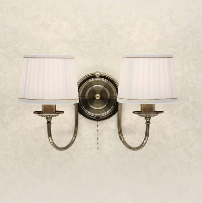 Citilux Гера CL433323 Светильник настенный браКлассические<br><br><br>Тип лампы: накаливания / энергосбережения / LED-светодиодная<br>Тип цоколя: E27<br>Количество ламп: 2<br>Ширина, мм: 460<br>MAX мощность ламп, Вт: 75<br>Расстояние от стены, мм: 200<br>Высота, мм: 290<br>Цвет арматуры: бронзовый