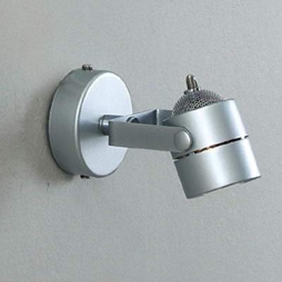 Citilux CL525511 Светильник поворотный спотОдиночные<br>Светильники-споты – это оригинальные изделия с современным дизайном. Они позволяют не ограничивать свою фантазию при выборе освещения для интерьера. Такие модели обеспечивают достаточно качественный свет. Благодаря компактным размерам Вы можете использовать несколько спотов для одного помещения.  Интернет-магазин «Светодом» предлагает необычный светильник-спот Citilux CL525511 по привлекательной цене. Эта модель станет отличным дополнением к люстре, выполненной в том же стиле. Перед оформлением заказа изучите характеристики изделия.  Купить светильник-спот Citilux CL525511 в нашем онлайн-магазине Вы можете либо с помощью формы на сайте, либо по указанным выше телефонам. Обратите внимание, что у нас склады не только в Москве и Екатеринбурге, но и других городах России.<br><br>S освещ. до, м2: 3<br>Тип лампы: галогенная / LED-светодиодная<br>Тип цоколя: GU10<br>Цвет арматуры: серебристый<br>Количество ламп: 1<br>Ширина, мм: 95<br>Размеры: Диаметр основания 8см, Размер головки 8см<br>Длина, мм: 95<br>Высота, мм: 155<br>Поверхность арматуры: глянцевый<br>MAX мощность ламп, Вт: 50