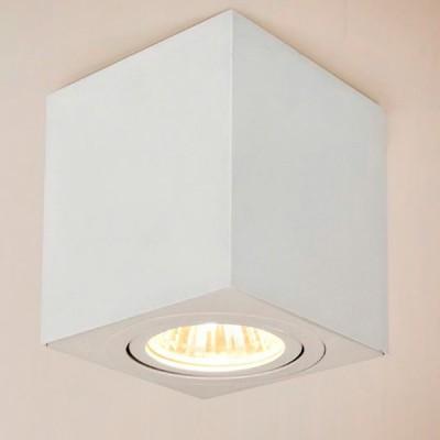 Citilux Дюрен CL538211 Светильник накладнойДекоративные<br>Настенно-потолочные светильники – это универсальные осветительные варианты, которые подходят для вертикального и горизонтального монтажа. В интернет-магазине «Светодом» Вы можете приобрести подобные модели по выгодной стоимости. В нашем каталоге представлены как бюджетные варианты, так и эксклюзивные изделия от производителей, которые уже давно заслужили доверие дизайнеров и простых покупателей.  Настенно-потолочный светильник Citilux CL538211 станет прекрасным дополнением к основному освещению. Благодаря качественному исполнению и применению современных технологий при производстве эта модель будет радовать Вас своим привлекательным внешним видом долгое время. Приобрести настенно-потолочный светильник Citilux CL538211 можно, находясь в любой точке России.<br><br>S освещ. до, м2: 3<br>Тип лампы: галогенная/LED<br>Тип цоколя: GU10<br>Количество ламп: 1<br>MAX мощность ламп, Вт: 50<br>Размеры: Габариты 8х8см, Высота 8,5см, Возможность регулировать направление света лампы, исключительно солидный дизайн всех компонентов<br>Цвет арматуры: белый