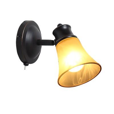Citilux Классик CL560515 Светильник настенно-потолочныйОдиночные<br><br><br>S освещ. до, м2: 3<br>Тип лампы: накаливания / энергосбережения / LED-светодиодная<br>Тип цоколя: E14<br>Цвет арматуры: черный<br>Количество ламп: 1<br>Диаметр, мм мм: 120<br>Размеры: Настенно-потолочный светильник к трековой системе, размер головки 12см, лампы Е14 или R50,  Алебастровое  стекло с золотистой полоской и классический дизайн, с выключателем<br>Поверхность арматуры: матовый<br>MAX мощность ламп, Вт: 60