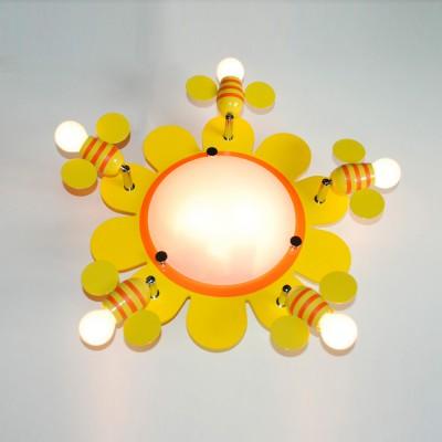Citilux CL603173 Светильник настенно-потолочныйДля детской<br>Настенно-потолочные светильники – это универсальные осветительные варианты, которые подходят для вертикального и горизонтального монтажа. В интернет-магазине «Светодом» Вы можете приобрести подобные модели по выгодной стоимости. В нашем каталоге представлены как бюджетные варианты, так и эксклюзивные изделия от производителей, которые уже давно заслужили доверие дизайнеров и простых покупателей.  Настенно-потолочный светильник Citilux CL603173 станет прекрасным дополнением к основному освещению. Благодаря качественному исполнению и применению современных технологий при производстве эта модель будет радовать Вас своим привлекательным внешним видом долгое время. Приобрести настенно-потолочный светильник Citilux CL603173 можно, находясь в любой точке России.<br><br>S освещ. до, м2: 28<br>Тип лампы: накаливания / энергосбережения / LED-светодиодная<br>Тип цоколя: E14<br>Цвет арматуры: желтый<br>Количество ламп: 7<br>Диаметр, мм мм: 500<br>Размеры: Диаметр 50см, Размер головки 11см, коммутация на двухклавишный выключатель с раздельным включением центральной и периферийной части.<br>Поверхность арматуры: глянцевый<br>MAX мощность ламп, Вт: 60