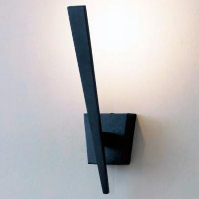 Citilux Декарт-1 CL704011 Светильник настенный браХай-тек<br><br><br>Тип лампы: LED<br>Тип цоколя: LED*1W*3000K<br>Количество ламп: 5<br>Ширина, мм: 80<br>MAX мощность ламп, Вт: 5<br>Размеры: Светодиодный светильник теплого света (ЦТ=3000К), Строгий минималистичный дизайн, Ширина 8см, Высота 28см, Глубина 12см<br>Расстояние от стены, мм: 120<br>Высота, мм: 280<br>Цвет арматуры: Черный