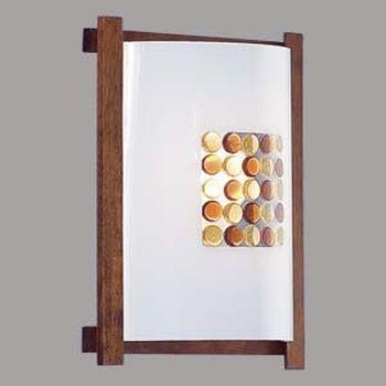 Citilux Конфетти CL921312R Светильник настенный бранакладные настенные светильники<br><br><br>S освещ. до, м2: 6<br>Тип лампы: накаливания / энергосбережения / LED-светодиодная<br>Тип цоколя: E27<br>Цвет арматуры: деревянный, коричневый, венге<br>Количество ламп: 1<br>Ширина, мм: 245<br>Размеры: Стеклянный рассеиватель, Высота 25см, Ширина 20см, Глубина 9см.<br>Расстояние от стены, мм: 90<br>Высота, мм: 290<br>Поверхность арматуры: матовый<br>MAX мощность ламп, Вт: 100