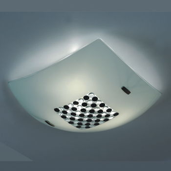 Citilux Конфетти CL933316 Светильник настенно-потолочныйквадратные светильники<br>Настенно потолочный светильник Citilux (Ситилюкс) CL933316 подходит как для установки в вертикальном положении - на стены, так и для установки в горизонтальном - на потолок. Для установки настенно потолочных светильников на натяжной потолок необходимо использовать светодиодные лампы LED, которые экономнее ламп Ильича (накаливания) в 10 раз, выделяют мало тепла и не дадут расплавиться Вашему потолку.<br><br>S освещ. до, м2: 20<br>Тип лампы: накаливания / энергосбережения / LED-светодиодная<br>Тип цоколя: E27<br>Цвет арматуры: серебристый<br>Количество ламп: 3<br>Ширина, мм: 400<br>Размеры: Разноцветные элементы приклеены изнутри, Габариты<br>Высота, мм: 110<br>Поверхность арматуры: глянцевый<br>MAX мощность ламп, Вт: 100