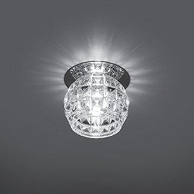 Светильник Gauss Crystal CR018, G9Декоративные<br>Встраиваемые светильники – популярное осветительное оборудование, которое можно использовать в качестве основного источника или в дополнение к люстре. Они позволяют создать нужную атмосферу атмосферу и привнести в интерьер уют и комфорт.   Интернет-магазин «Светодом» предлагает стильный встраиваемый светильник Gauss Crystal CR018. Данная модель достаточно универсальна, поэтому подойдет практически под любой интерьер. Перед покупкой не забудьте ознакомиться с техническими параметрами, чтобы узнать тип цоколя, площадь освещения и другие важные характеристики.   Приобрести встраиваемый светильник Gauss Crystal CR018 в нашем онлайн-магазине Вы можете либо с помощью «Корзины», либо по контактным номерам. Мы развозим заказы по Москве, Екатеринбургу и остальным российским городам.<br><br>S освещ. до, м2: 3<br>Тип лампы: галогенная<br>Тип цоколя: G9<br>Количество ламп: 1<br>MAX мощность ламп, Вт: 50<br>Диаметр, мм мм: 80<br>Диаметр врезного отверстия, мм: 50<br>Высота, мм: 85<br>Цвет арматуры: серебристый