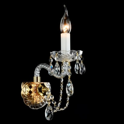 Бра Maytoni DIA019-01-G BeatrixХрустальные<br><br><br>Тип лампы: накаливания / энергосбережения / LED-светодиодная<br>Тип цоколя: E14<br>Количество ламп: 1<br>MAX мощность ламп, Вт: 60<br>Диаметр, мм мм: 270<br>Высота, мм: 230<br>Цвет арматуры: золотой