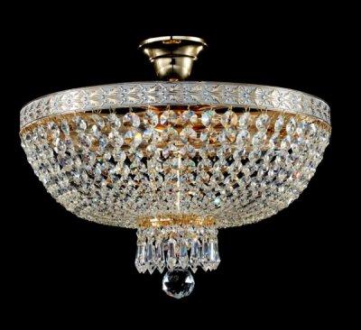 Люстра Maytoni DIA750-PT40-WG Diamant 6Потолочные<br>Белое золото и чистейший хрусталь нашли свое место в этой модели от Майтони. Хрустальные люстры марки Maytoni – это визитная карточка вашего вкуса и достатка. Люстра хрустальная потолочная Maytoni DIA750-PT40-WG состоит из множества нитей из хрустальных подвесок, они надежно закреплены на основании из металла, тонированного под светлое золото. Конечно, на фото трудно передать весь блеск и сияние, но поверьте, купив эту люстру, вы наполните светом и теплом весь свой дом. Цена для такого изысканного дизайна совсем не велика, ведь за эту стоимость вы приобретаете светильник на пять ламп, богато украшенный декором.<br><br>Установка на натяжной потолок: Да<br>S освещ. до, м2: 20<br>Крепление: Крюк<br>Тип лампы: накаливания / энергосбережения / LED-светодиодная<br>Тип цоколя: E14<br>Цвет арматуры: белый с золотистой патиной<br>Количество ламп: 5<br>Диаметр, мм мм: 400<br>Высота, мм: 360<br>MAX мощность ламп, Вт: 60