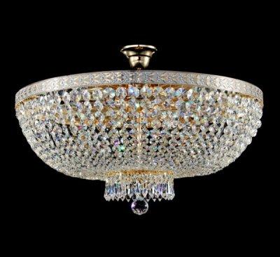Люстра Maytoni DIA750-PT60-WG Diamant 6Потолочные<br>Хрустальные люстры от Майтони становятся центром любого интерьера. Это роскошные изделия вы можете купить на нашем сайте за приемлемую для такого качества и дизайна стоимость. Люстра хрустальная потолочная Maytoni DIA750-PT60-WG поражает наше воображение, стоит только взглянуть на фото. Множество хрустальных деталей сплетены в подвески, которые водопадом спускаются и образуют единый купол. Это достаточная классическая форма часто используется в дизайне Maytoni. Диаметр этой люстры – чуть более полуметра, а работает она от шести ламп мощностью в 60 ватт каждая. Их вы также можете<br><br>Установка на натяжной потолок: Да<br>S освещ. до, м2: 32<br>Крепление: Крюк<br>Тип лампы: накаливания / энергосбережения / LED-светодиодная<br>Тип цоколя: E14<br>Количество ламп: 8<br>MAX мощность ламп, Вт: 60<br>Диаметр, мм мм: 600<br>Высота, мм: 410<br>Цвет арматуры: белый с золотистой патиной