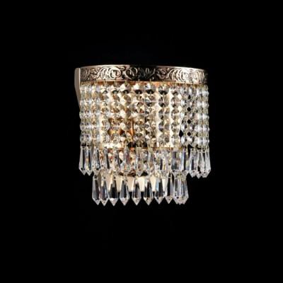 Светильник бра Maytoni DIA784-WL-01-G FabricХрустальные<br><br><br>Тип лампы: Накаливания / энергосбережения / светодиодная<br>Тип цоколя: E27<br>Количество ламп: 1<br>Ширина, мм: 185<br>MAX мощность ламп, Вт: 60<br>Глубина, мм: 125<br>Оттенок (цвет): золотой<br>Цвет арматуры: золотой