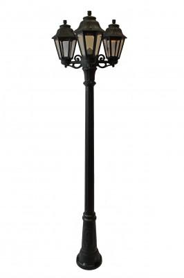Светильник Fumagalli ANNA/GIGI BISSO/ 3L E22.156.S30.AX E27Большие фонари<br>Обеспечение качественного уличного освещения – важная задача для владельцев коттеджей. Компания «Светодом» предлагает современные светильники, которые порадуют Вас отличным исполнением. В нашем каталоге представлена продукция известных производителей, пользующихся популярностью благодаря высокому качеству выпускаемых товаров.   Уличный светильник Fumagalli ANNA/GIGI BISSO/ 3L E22.156.S30.AX E27 не просто обеспечит качественное освещение, но и станет украшением Вашего участка. Модель выполнена из современных материалов и имеет влагозащитный корпус, благодаря которому ей не страшны осадки.   Купить уличный светильник Fumagalli ANNA/GIGI BISSO/ 3L E22.156.S30.AX E27, представленный в нашем каталоге, можно с помощью онлайн-формы для заказа. Чтобы задать имеющиеся вопросы, звоните нам по указанным телефонам.<br><br>Крепление: Cветильник с тройной консолью<br>Тип лампы: накаливания / энергосбережения / LED-светодиодная<br>Тип цоколя: E27<br>Количество ламп: 3<br>Ширина, мм: 560<br>MAX мощность ламп, Вт: 60<br>Диаметр, мм мм: 560<br>Высота, мм: 2090 мм,<br>Оттенок (цвет): Прозрачный<br>Цвет арматуры: Черный