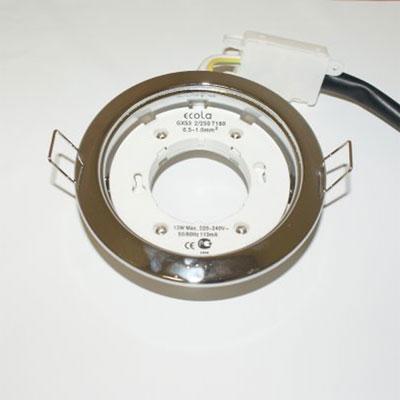 Светильник Ecola GX53 H4 FC53H4ECB хром (без лампы)Точечные светильники энергосберегающие<br>Светильник для мебели, натяжных и подвесных потолков, отсутствие заднего света и теплового излучения.<br>Описание - Ecola GX53 H4, Производитель Экола<br>Модель GX53 H4 FS53H4ECBОсновные характеристики Ecola GX53 H4 Тип светильник - Тип светильника встраиваемый без рефлектораЦвет корпуса сатин-хром - светлый металлический матовыйМатериал корпуса - металлСоединительная коробка естьЦоколь GX53Технические характеристики Ecola GX53 H4 Высота 38 ммДиаметр 106 ммДиаметр отверстия для установки 90 ммДополнительные характеристики Ecola GX53 H4 :Совместимые лампы все лампы-таблетки с цоколем GX53:- прозрачная на 9 Ватт- прозрачная с белым ободком на 9 Ватт- белая матовая на 9 Ватт- цветные на 9 Ватт- прозрачная на 11 Ватт<br><br>S освещ. до, м2: 3<br>Тип лампы: только энергосберегающая или LED<br>Тип цоколя: GX53<br>Цвет арматуры: серебристый<br>Количество ламп: 1<br>Диаметр, мм мм: 106<br>Диаметр врезного отверстия, мм: 90