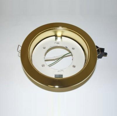 Светильник Ecola GX53 H4 FG53H4ECB золото (без лампы)Энергосберегающие<br>Светильник для мебели, натяжных и подвесных потолков, отсутствие заднего света и теплового излучения.  Описание - Ecola GX53 H4, Производитель Экола  Модель GX53 H4 FG53H4ECBОсновные характеристики Ecola GX53 H4 Тип светильник - Тип светильника встраиваемый без рефлектораЦвет корпуса - золотоМатериал корпуса - металлСоединительная коробка естьЦоколь GX53Технические характеристики Ecola GX53 H4 Высота 38 ммДиаметр 106 ммДиаметр отверстия для установки 90 ммДополнительные характеристики Ecola GX53 H4 :Совместимые лампы все лампы-таблетки с цоколем GX53:- прозрачная на 9 Ватт- прозрачная с белым ободком на 9 Ватт- белая матовая на 9 Ватт- цветные на 9 Ватт- прозрачная на 11 Ватт<br><br>S освещ. до, м2: 3<br>Тип лампы: только энергосберегающая или LED<br>Тип цоколя: GX53<br>Количество ламп: 1<br>Диаметр, мм мм: 106<br>Диаметр врезного отверстия, мм: 90<br>Цвет арматуры: Золотой
