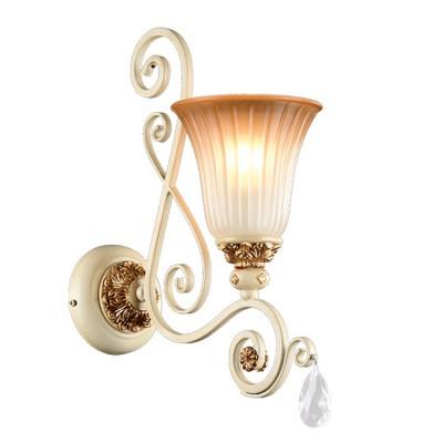 Настенный светильник бра Freya FR2333-WL-01-BG SymphonyКлассические<br><br><br>Крепление: Крюк<br>Тип цоколя: E14<br>Цвет арматуры: бежевый с золотистой патиной<br>Количество ламп: 6<br>Глубина, мм: no<br>Размеры основания, мм: 125(140)<br>Длина цепи/провода, мм: 400<br>Высота, мм: 610<br>MAX мощность ламп, Вт: 60