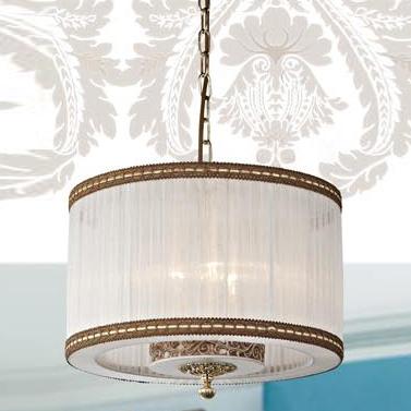 Люстра Favourite 1152-3pПодвесные<br><br><br>Установка на натяжной потолок: Да<br>S освещ. до, м2: 12<br>Крепление: Крюк<br>Тип товара: Люстра подвесная<br>Тип лампы: накаливания / энергосбережения / LED-светодиодная<br>Тип цоколя: E14<br>Количество ламп: 3<br>MAX мощность ламп, Вт: 60<br>Диаметр, мм мм: 360<br>Размеры: D360*H330/1000<br>Высота, мм: 330 - 1000<br>Цвет арматуры: бронзовый