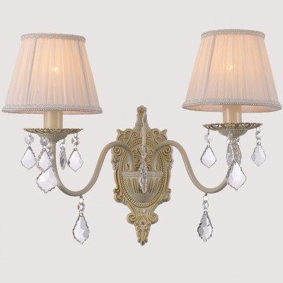 Светильник бра Favourite 1408-2wКлассические<br><br><br>S освещ. до, м2: 5<br>Тип лампы: накаливания / энергосбережения / LED-светодиодная<br>Тип цоколя: E14<br>Количество ламп: 2<br>Ширина, мм: 350<br>MAX мощность ламп, Вт: 40<br>Диаметр, мм мм: 270<br>Размеры: W350*D270*H350<br>Расстояние от стены, мм: 270<br>Высота, мм: 350<br>Цвет арматуры: бежевый с золотистой патиной