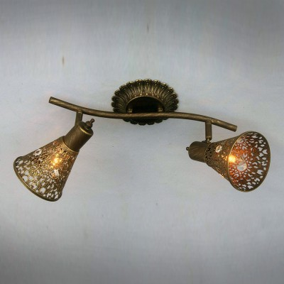 Потолочный светильник Favourite 1797-2U Arabian Drimдвойные светильники споты<br>Выбирая модель светильника Favourite 1797-2U, обратите внимание, что каркас коричневого цвета с золотой патиной, плафон из металла с отделкой хрусталем. Дополнительная информация в характеристиках или по телефону.<br><br>Тип цоколя: E14<br>Количество ламп: 2<br>Ширина, мм: 195<br>Размеры: L380*W195*H175<br>Длина, мм: 380<br>Высота, мм: 175<br>Общая мощность, Вт: 40W