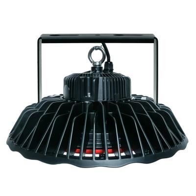 Светильник светодиодный ABERLICHT HB-150/90 LUX NW технический светПромышленный свет<br>Светодиодный подвесной светильник мощностью от 100 до 200 Вт способен заменить традиционные источники света, лампы ДРЛ и МГЛ мощностью от 100 до 700 Вт. Компактный корпус и оригинальный дизайн светодиодного светильника ABERLICHT HB-200/90 Lux NW можно использовать, как в промышленном, так складском и торговом светодизайне, масса светильника в зависимости от мощности варьируется от 6 до 7кг. Данный светильник имеет несколько вариантов крепления: накладной, поворотный и подвесной. Светильник может комплектоваться системой управления DALI или диммироваться по стандартному протоколу 1 — 10 V.<br><br>Тип лампы: LED<br>Цвет арматуры: черный<br>Диаметр, мм мм: 383<br>Высота, мм: 195<br>MAX мощность ламп, Вт: 150