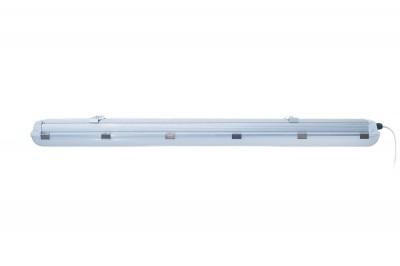 Светильник светодиодный Aberlicht LINE OUT-48/90 NW IP65 технический светПромышленный свет<br>Промышленный светодиодный светильник в алюминиевом корпусе с матовым <br>рассеивателем является прямой заменой люминесцентных светильников ЛПО <br>2*58 и ЛСП 2*58. Светильник имеет высокую степень защиты от пыли влаги <br>IP65, может применяться как внутри помещений, так и снаружи. <br>Универсальные подвижные крепления корпуса позволяют использовать в <br>накладном и подвесном варианте. Двенадцать металлических застежек <br>надежно фиксируют рассеиватель светильника и обеспечивают полную <br>герметизацию корпуса. Высокоэффективные светодиодные линейки фирмы <br>Samsung обеспечивают высокую светоотдачу светильника, на уровне 4500Лм, <br>что делает этот светильник одним из лучших по техническим показателям в <br>своем классе. Используется для освещения складов, парковок, <br>хим.лабараторий, производств, с повышенной влажностью и запыленностью.<br><br>Тип лампы: Светодиодная<br>Ширина, мм: 97мм<br>MAX мощность ламп, Вт: 38<br>Длина, мм: 1000мм<br>Высота, мм: 74мм<br>Цвет арматуры: Cеребристый
